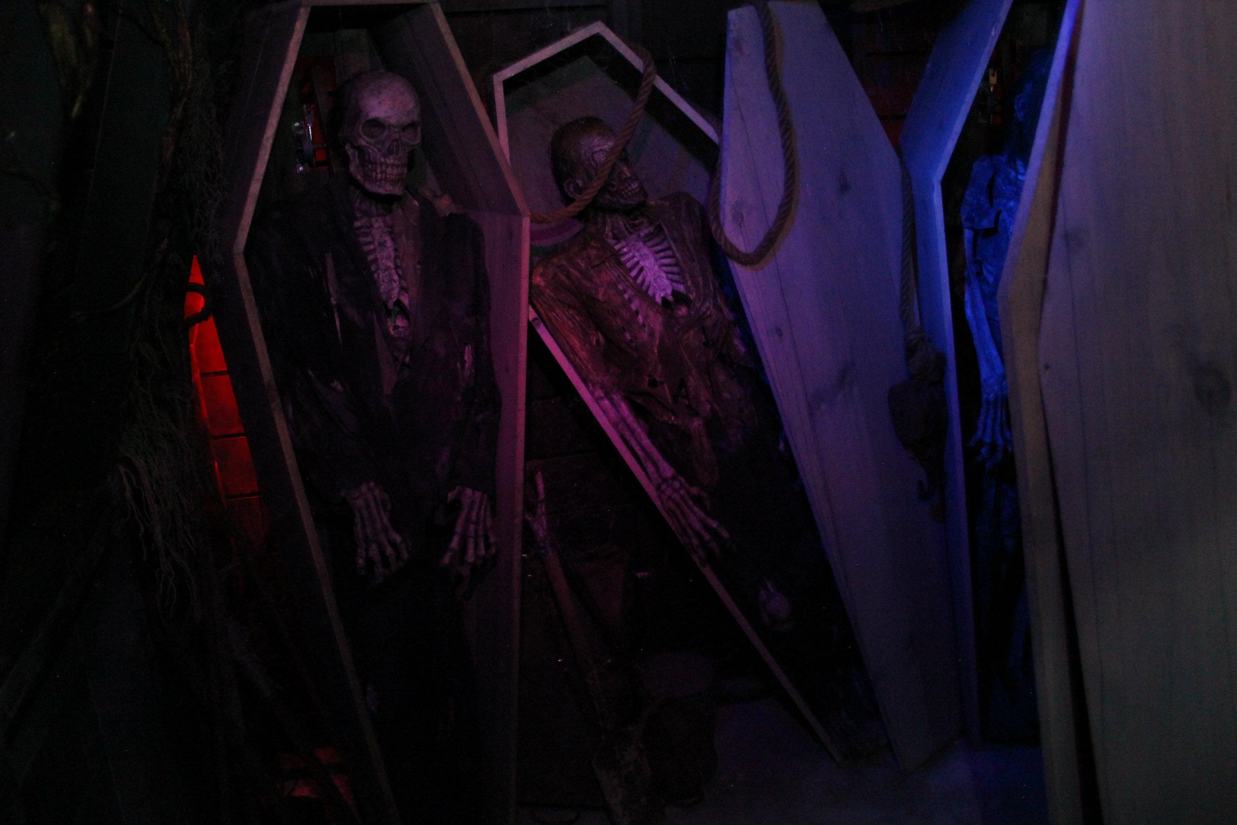 thai-coffin1.jpg