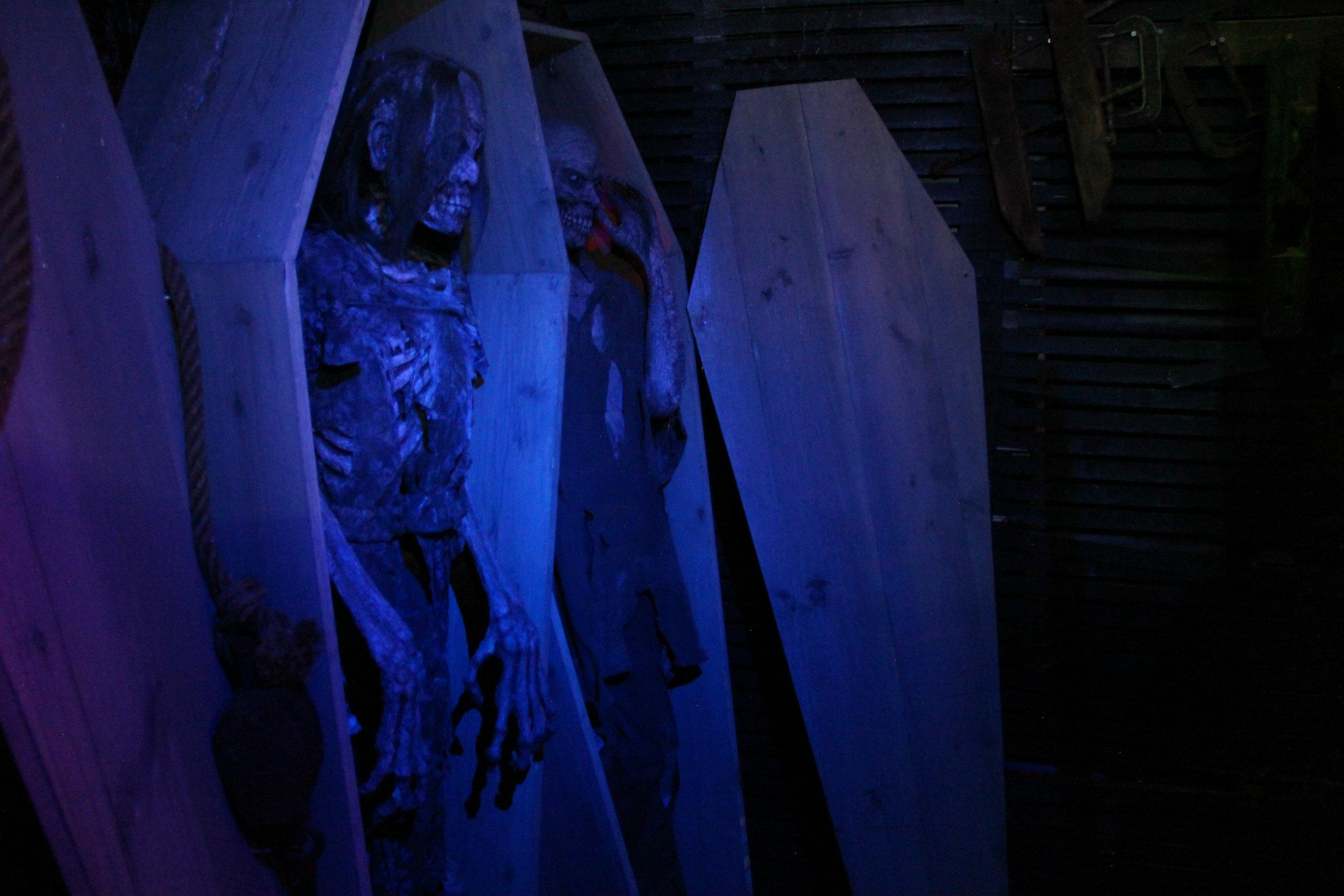 thai-coffin2.jpg